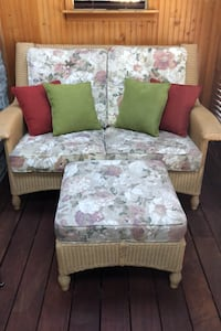 Love seat and ottoman for outside  Chicago, 60614