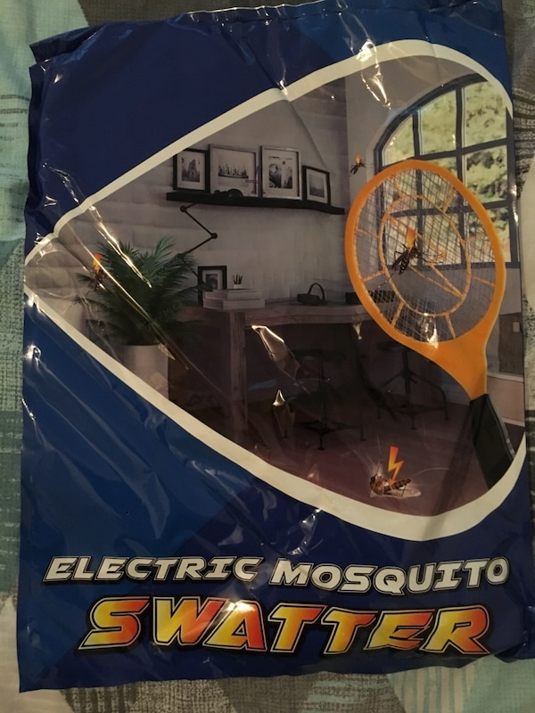 Bug zapper- Electric Fly Swatter ,handheld Insect Fly Killer, Mosquito  Zapper against Flies,Bugs,Bees and Other Pest,Unique 3-Layer Safety Mesh  Safe
