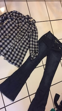 Jeans size 5/blouse size m both for $8 Killeen, 76541