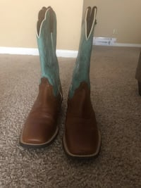 pair of brown leather cowboy boots Houston, 77042