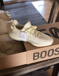 Yeezy butter 350 V2  Multiple sizes available  NO TRADE!!! BRAND NEW.  Springfield, 22151