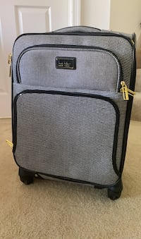 OBO! Nicole Miller Carry-on Spinner Luggage Gaithersburg, 20877