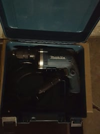 hammer drill used 1 time  Edmonton, T5C 2M8