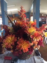 Fall centerpiece for $15.00 no lower. Frederica, 19962