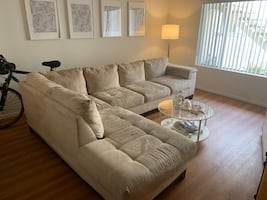 SECTIONAL COUCH (2 Piece Set)