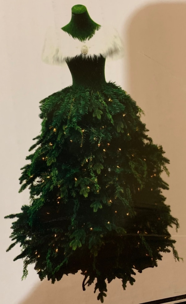 Used 5 5 Mannequin Christmas Tree For Sale In Woodstock Letgo