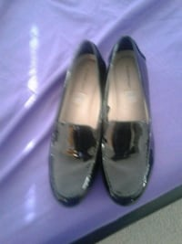 pair of gray leather flats 24 mi