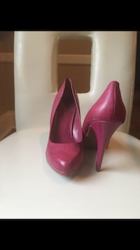 NINE WEST - Pair of pink leather platform stilettos Toronto, M6E 2X5
