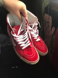 Red-and-white high-top sneakers El Paso, 79924