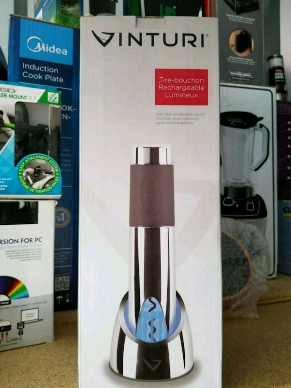 gray and black Fakir Hausgerate vacuum cleaner box