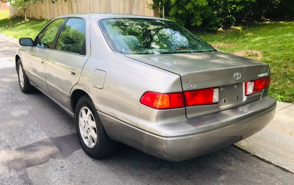 "Classic Year 2000 Toyota Camry "" Reliable Great Brand Clean Title 6e5aad34-b067-4a39-977a-843f036584ea"