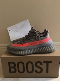 pair of black Adidas Yeezy Boost 350 V2 with box Miramar, 33027
