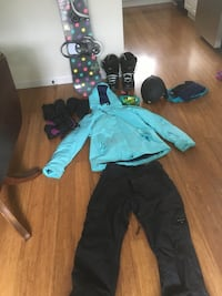 Womens snowboard package Vancouver, V5W 1K1