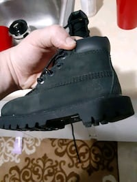Baby boots Timberlands size 6