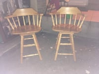Solid wood stools Barrie, L4M 2Z3