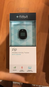 Fitbit zip wireless activity tracker new in box Manassas, 20112