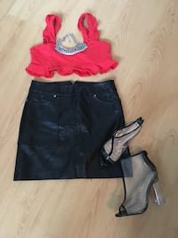 croptop(am)leather skirt(sm)shoes(6) Gatineau, J8Y 3M5
