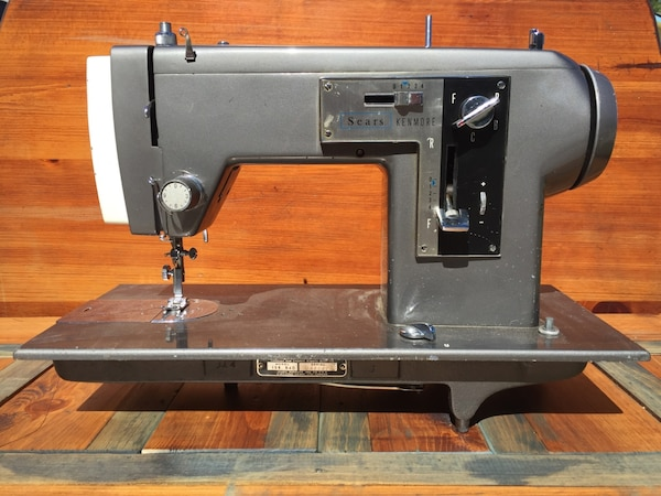 Used Sears Kenmore Sewing Machine For Sale In Boise Letgo Simple Sears Kenmore Sewing Machine