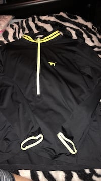 black and yellow Nike pullover hoodie Flint, 48506