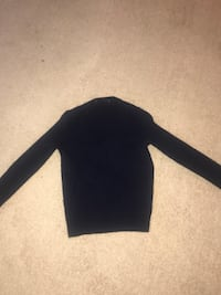 black long-sleeved shirt Annandale, 22003