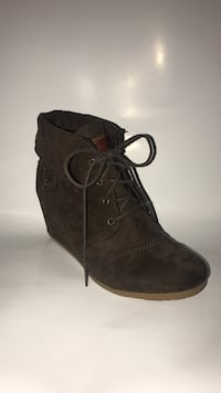 Mad Love Boots, Size 10, Lace Up, Green Suade  San Marcos, 92078