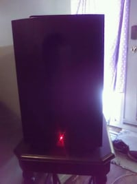 Infenity subwoofer sounds amazing Calgary, T2A 0G2