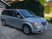 2010 Chrysler Town & Country Delta