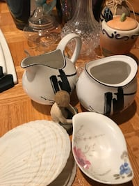 Assorted homeware