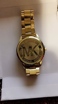 Round gold michael kors analog watch with link bracelet Edmonton, T5Y 3R2