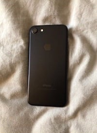 iPhone 7 32gb matte black Airdrie