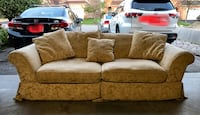 Pet and smoke free 3 seat Couch.  Good condition Markham, L3S 3X4