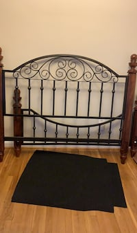 Queen Bed frame Chevy Chase, 20815