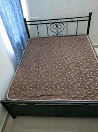Queen size bed with mattress and hydraulic storage 13678 km