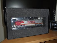 HO scale locomotive with dcc decoder