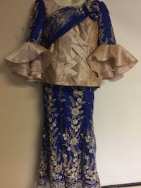 women's blue and white floral dress Edmonton, T5E 3J1
