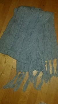 women's gray knitted scarf San Bruno