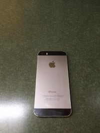 Iphone 5s unlocked 32g mint condition