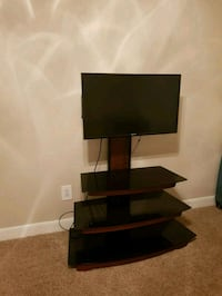 Samsung TV 32 inch HDMI with stand table San Antonio, 78229