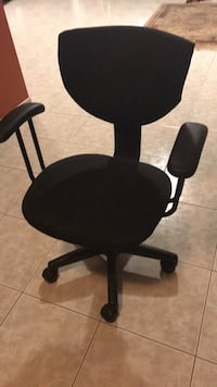 Desk Chair - black Vaughan, L4L 4K2