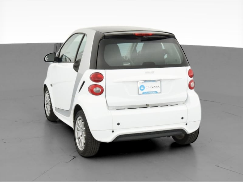 2013 smart fortwo coupe Pure Hatchback Coupe 2D White  c0321826-589b-4598-a013-7341e2495d60