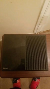 Xbox One but no power cord or controller  Forestville, 20747