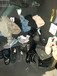 Xl pants and shoes for sale Calgary, T3B 0T3