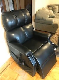 Medical power reclining lift chair Toronto, M4A 1E1