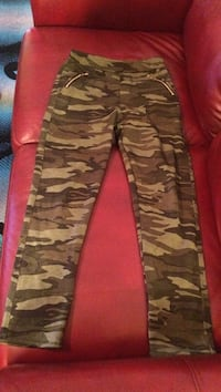 black and gray camouflage pants Johnston, 50131