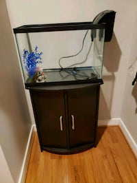 Fish tank and Stand  42 km