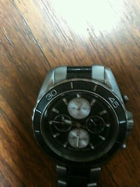 MIKE KORS WATCH REATIALS FOR 599.99$ 3751 km