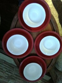 Set 4 plates and bowls
