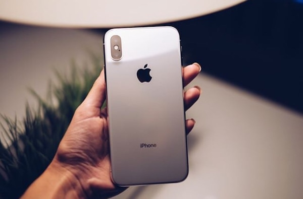 iPhone X for quick sale. Almost new with the carton, charger and ear pods. 256gb internal memory. In need of cash ASAP d01d2436-d1aa-4570-8f08-a1a5339e62dc