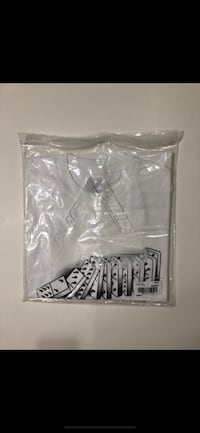 Palace Tee Size M (Ds) Langford, V9B 6W6