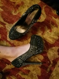 Black Diamond stiletto heels size 8 Oklahoma City, 73108